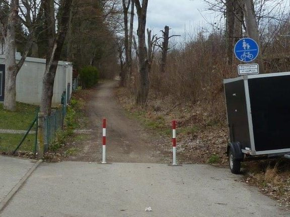 Veilchenweg / Bahnweg, Blick nach Westen